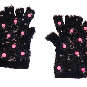 WICKED GARDEN FINGERLESS LACE GLOVES